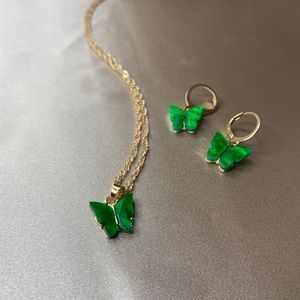 Green butterfly necklace and earring set